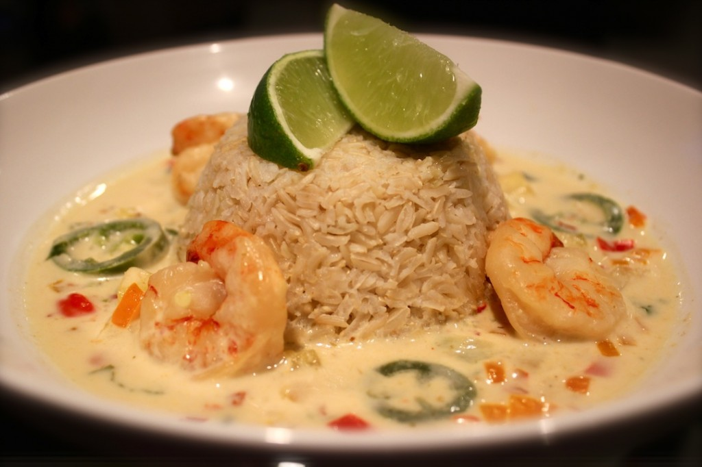 spicy coconut thai curry shrimp – The Style Menu
